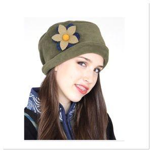 Green Wool Flower Hat
